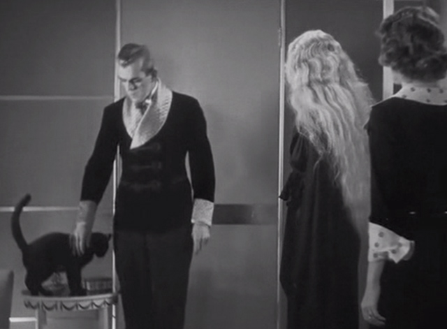The Black Cat 1934 - Poelzig Boris Karloff with black cat on table