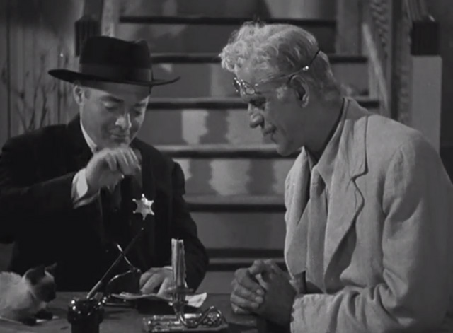The Boogie Man Will Get You - Dr. Arthur Lorencz Peter Lorre and Dr. Billings Boris Karloff with Siamese kitten on table
