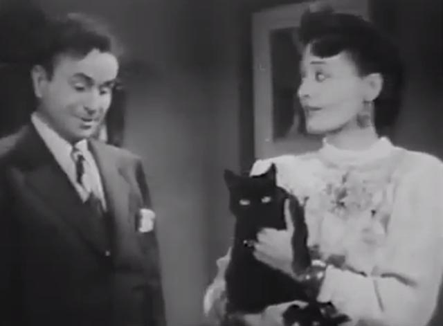 The Cat Creeps - Krya Iris Clive and Pidge Noah Beery Jr. with black cat