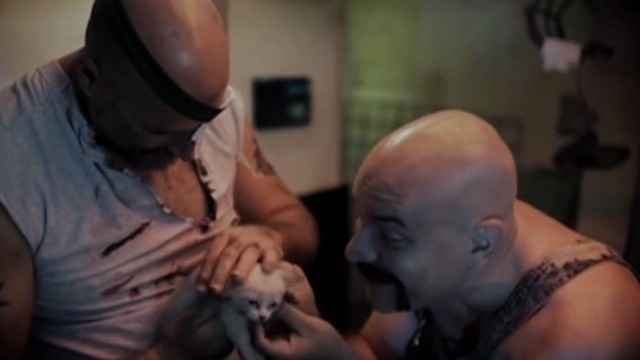The Corpse Grinders 2 - Ted Ricardo Pastor and Bill Manuel Rodriguez petting Siamese kitten
