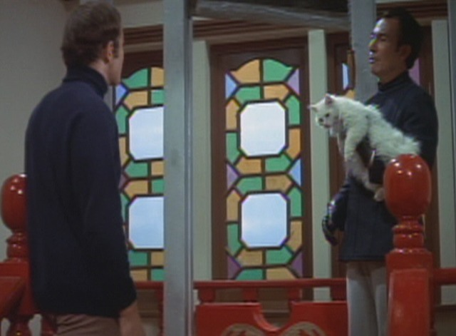 Enter the Dragon - Han and white angora cat with Roper at guillotine