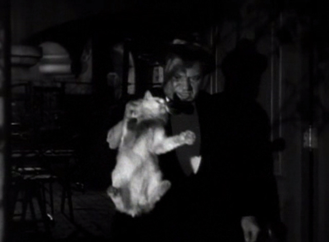 Flesh - Polakai Wallace Beery putting long-haired white cat outside