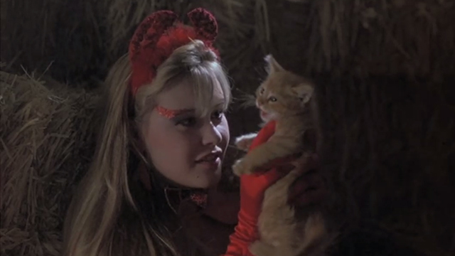 Halloween 5: The Revenge of Michael Meyers - Samantha Tamara Glynn holding meowing ginger tabby kitten