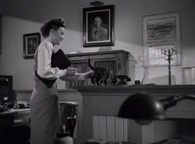 Magic Town - tabby kitten Panther on stand with Mary Jane Wyman