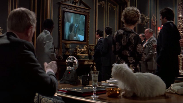 Never Say Never Again - Blofeld Max von Sydow at desk with white Angora cat
