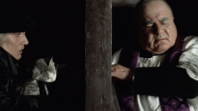 Novecento - 1900 - Signori Pioppi Alida Valli pulling dead cat out of her purse in confessional
