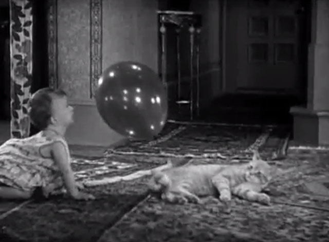 Our Gang - Bouncing Babies - baby playing with balloon tied to cat's tail