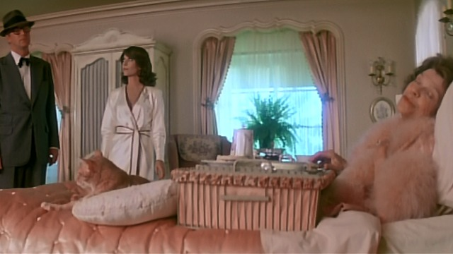 Peeper - Michael Caine and Natalie Wood approach bed with Dorothy Adams and orange cat