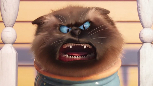 The Secret Life of Pets - Himalayan cat hissing