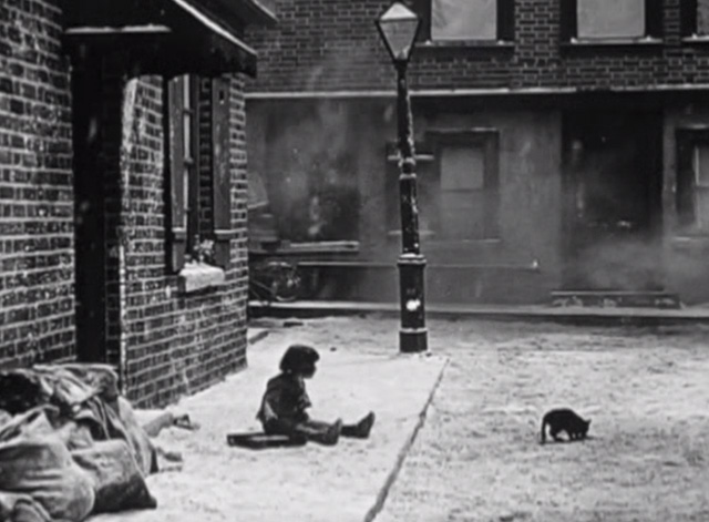 Such is Life - Baby Peggy sees black cat in street