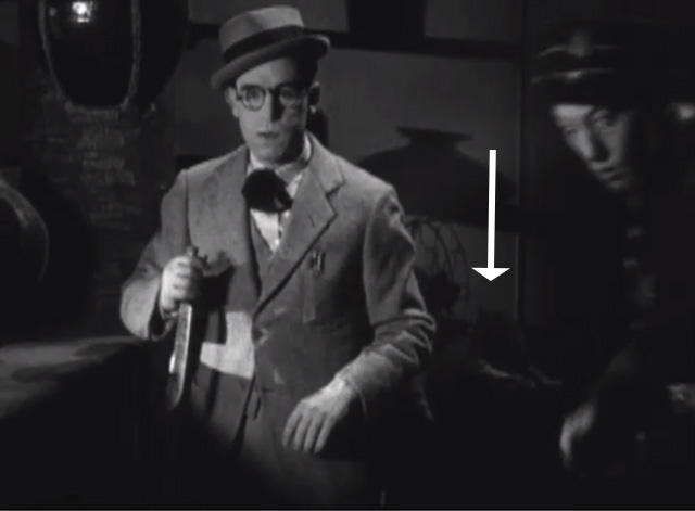 Welcome Danger - tabby cat barely visible behind Harold Lloyd and Clancy Noah Young