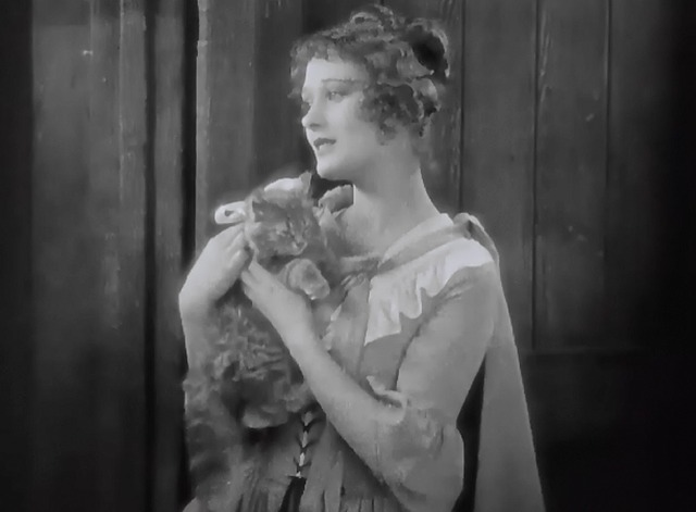 When a Man Loves - tabby kitten Fifi held by Manon Dolores Costello