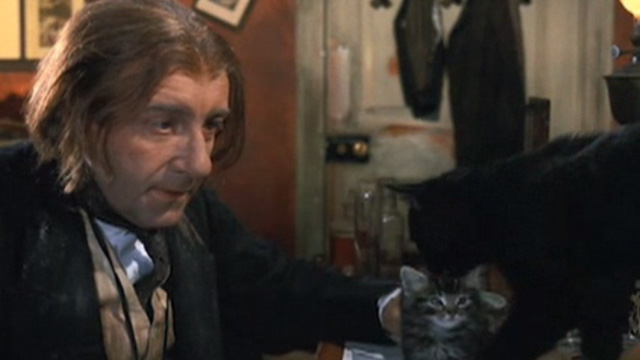 The Wrong Box - Dr. Pratt Peter Sellers with tabby kitten Mervin and black cat