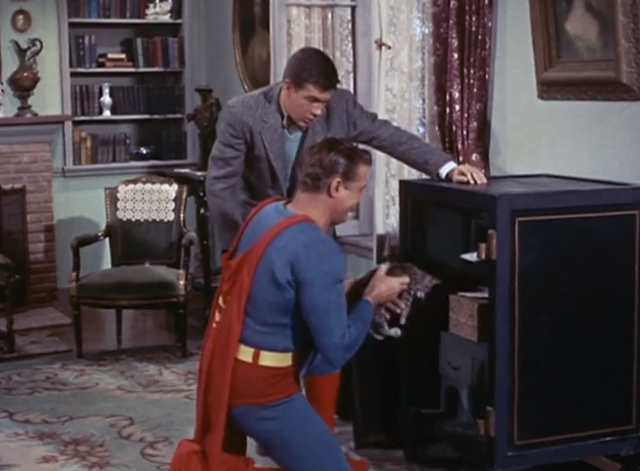 Adventures of Superman - Olsen's Millions - Superman George Reeves pulling tabby kitten Topsy out of safe with Jimmy Olsen Jack Larson