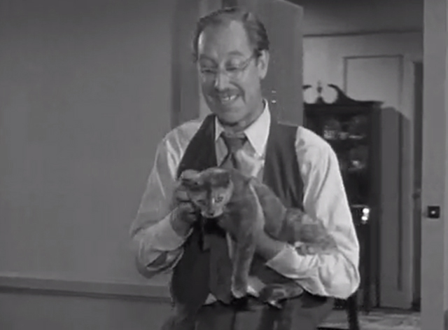 Adventures of Superman - The Lady in Black - Frank Ferguson with gray cat Timothy
