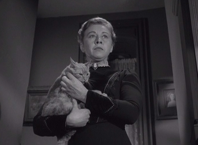 Alfred Hitchcock Presents - The Older Sister - Lizzie Borden Carmen Mathews on stairs holding orange tabby cat