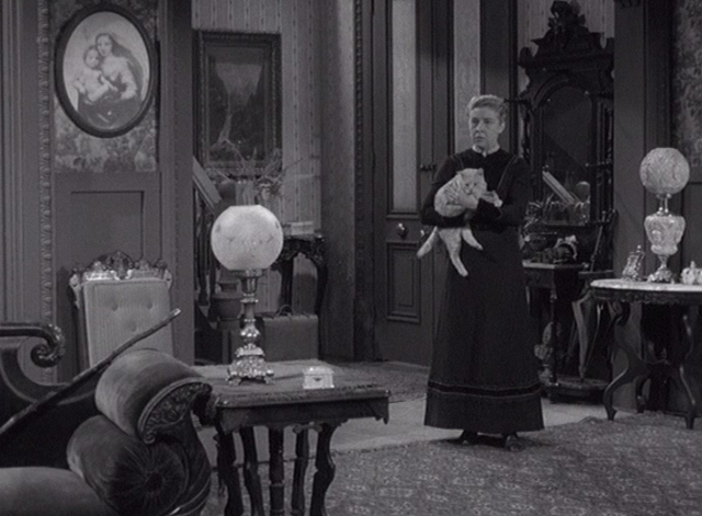 Alfred Hitchcock Presents - The Older Sister - Lizzie Borden Carmen Mathews holding orange tabby cat in living room