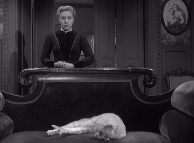 Alfred Hitchcock Presents - The Older Sister - Lizzie Borden Carmen Mathews behind couch where orange tabby cat is lying