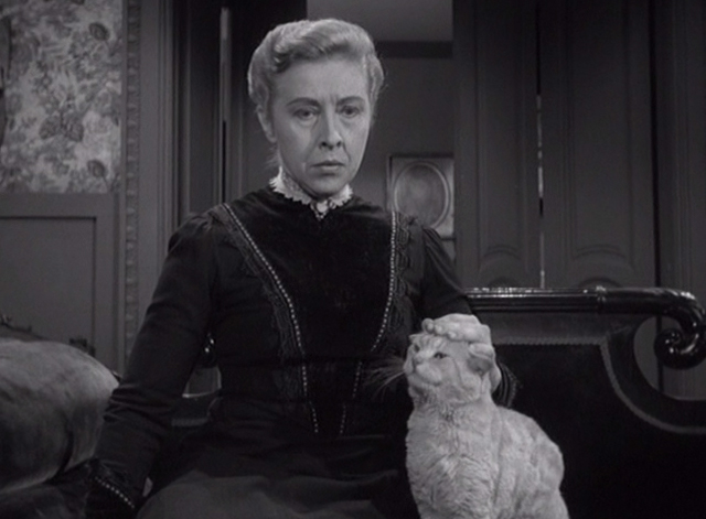 Alfred Hitchcock Presents - The Older Sister - Lizzie Borden Carmen Mathews petting orange tabby cat on couch