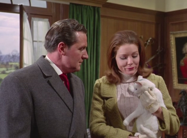 The Avengers - The Hidden Tiger - Emma Peel Diana Rigg and Patrick Mcnee John Steed with white cat
