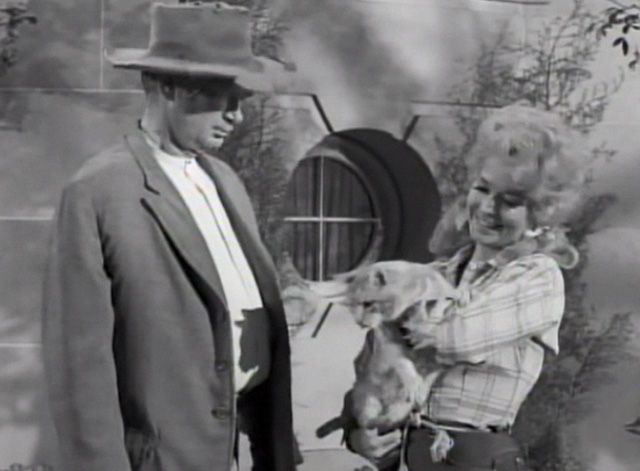 The Beverly Hillbillies - Drysdale's Dog Days - Elly May Donna Douglas holding Rusty cat Orangey with Jed Buddy Ebsen