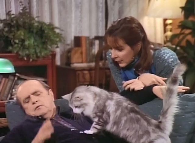 Bob - La Sorpresa - cat Otto on Bob Newhart's chest with Trisha Cynthia Stevenson