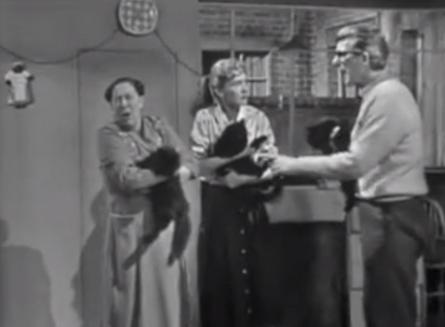 The Larkins - Cat Happy - Jeff Ronan O'Casey Ada Peggy Mount and Peggy Ruth Trouncer holding black cats