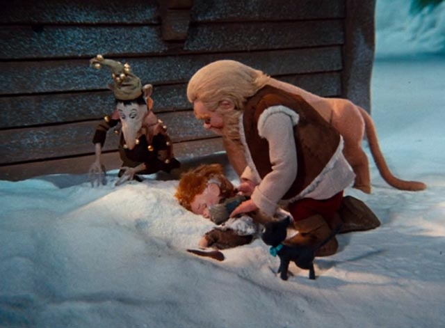 The Life and Adventures of Santa Claus - black cat Blinky, lioness Shiegra, Claus and Tingler find boy Weekum in snow